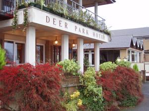 Deer Park Hotel front
